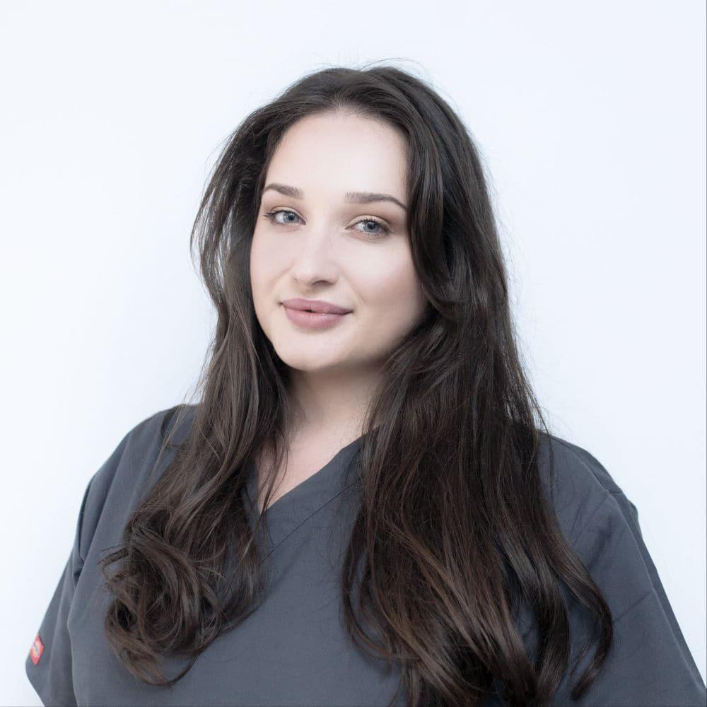 Romana @ Dental Marketing & DentalPoint